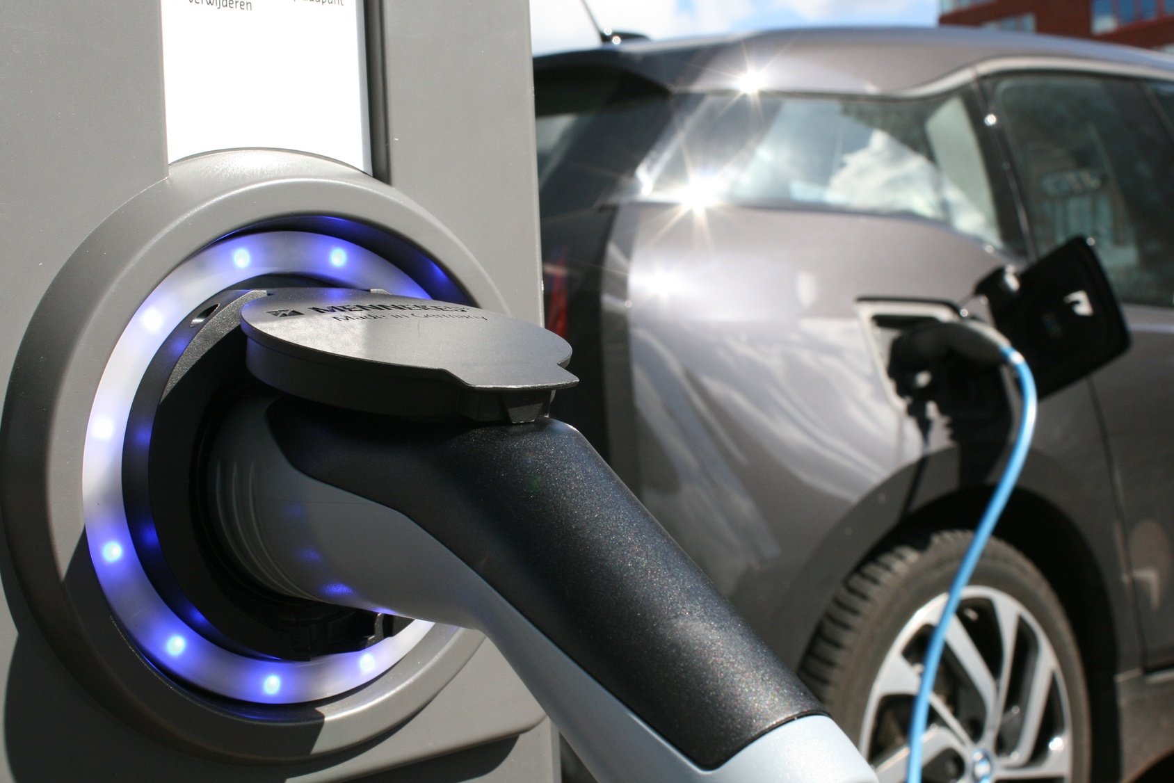 Elektrofahrzeuge intelligent einsetzen - Berater für Elektromobilität- eta Energieberatung