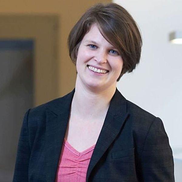 eta-Expertin Frau Kathrin Merkert